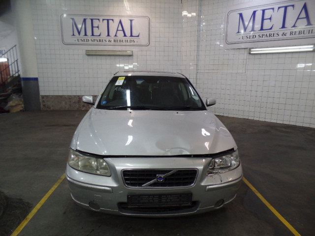 VOLVO S60 T5 A/T