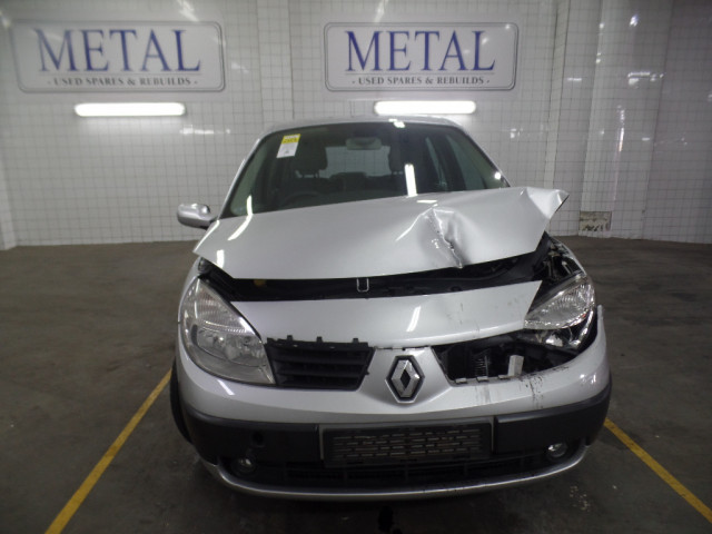 RENAULT SCENIC II EXPRESSION 1.9 DCI